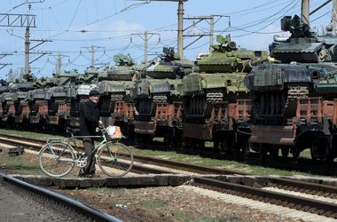 Из-за ситуации на Донбассе Россия решила не возвращать Украине захваченную в Крыму военную технику