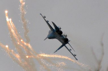 Террористы запугивают жителей Донецка и Луганска авиаударами сил АТО