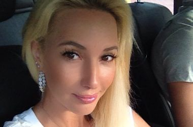 Лера Кудрявцева призналась, что молится за Жанну Фриске