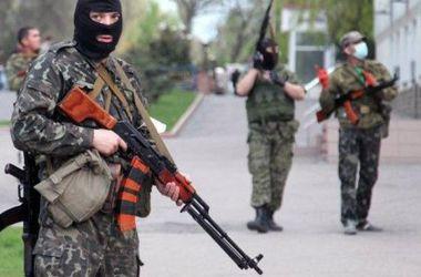 Террористы захватили дачный поселок под Свердловском и больницу в Станице Луганской - СНБО