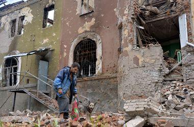 Семеновка после террористов: руины и доказательства пребывания российских наемников