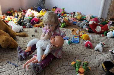 В Киеве врачи позаботились о здоровье детей-переселенцев из зоны АТО