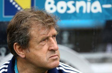 Тренер сборной Боснии передумал покидать команду