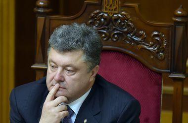 Порошенко рассказал Меркель и Олланду о летчице Савченко