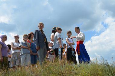 Детям из зоны АТО показали старинный Днепропетровск