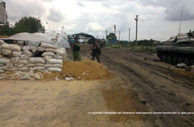 """Четверо военных погибли возле пункта пропуска """"Должанский"""" из-за мины, заложенной террористами"""
