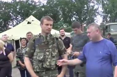 Аваков   передал  бойцам  Нацгвардии  каски и  бронежилеты