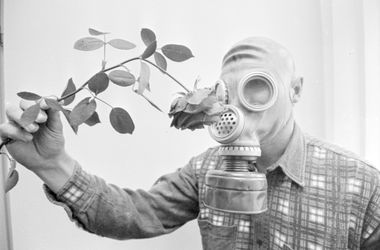 Чеснок, стресс и спиртовые растворы усиливают запах пота
