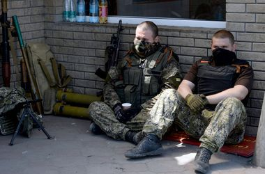 На Донбассе в плену  террористов  находятся более 150 человек -  Геращенко