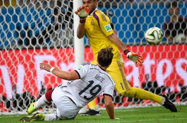 Чемпионат мира по футболу-2014 повторил рекорд по числу голов