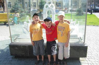 Милиционеры  Харькова   для детей,  эвакуированных  из зоны АТО,  провели экскурсию