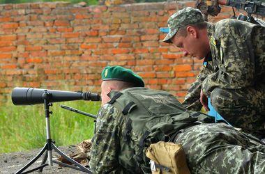 Ведутся жесткие бои за контроль над украинско-российской границей – СНБО