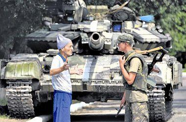 Мирные герои Донбасса: Как жители Востока помогают армии