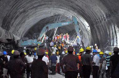 В Китае обвалился ж/д тоннель, под завалами оказались люди