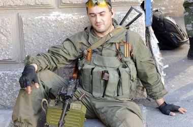 В Донецке боевики установили зенитки на крышах жилых домов
