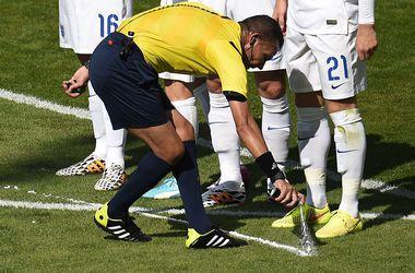 Во французском футболе решили использовать исчезающий спрей
