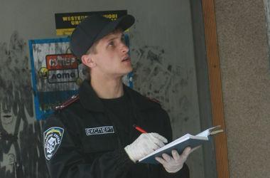 В центре Киева неизвестные ограбили клиентов одного из банков