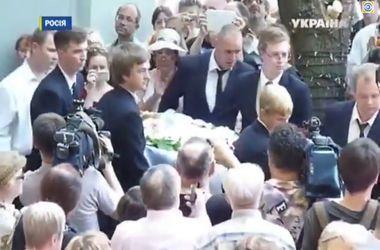 Как в Москве прощались с Валерией Новодворской