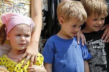 Боевики в Донбассе используют детей в качестве заложников - Геращенко