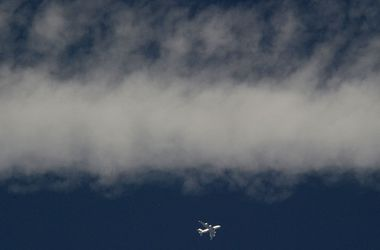 """После катастрофы """"Боинг-777"""" в Донбассе тела погибших лежат в радиусе 4 км"""
