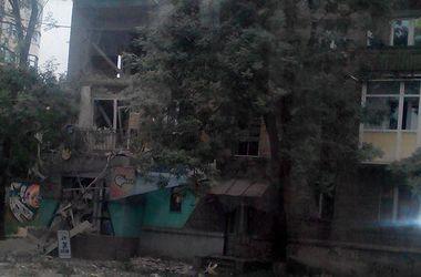 В центре Луганска неизвестные устроили перестрелку - соцсети