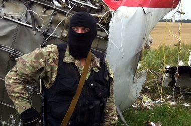 "Боевики пригнали к месту крушения ""Боинга-777"" тяжелую технику – СНБО"