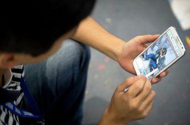Украинцы активно переходят на смартфоны
