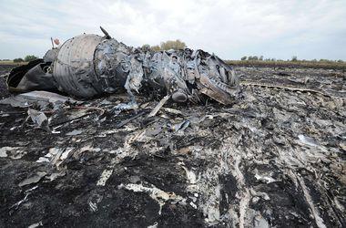На месте крушения Боинга-777 российские военные работали под видом гражданских – СНБО