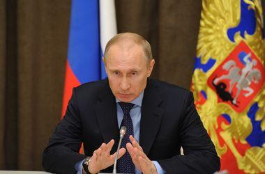 Россия будет повышать свою обороноспособность, в том числе в Крыму – Путин