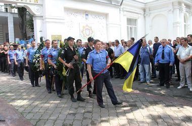 Семьям погибших инкассаторов выплатят по 150 тыс. грн.