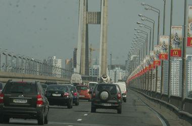 В Киеве на выходных частично перекроют Южный мост