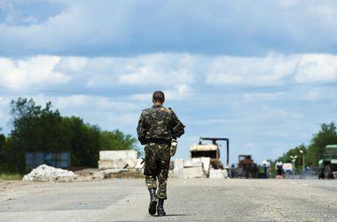 Украинские раненые бойцы возвращаются из России домой