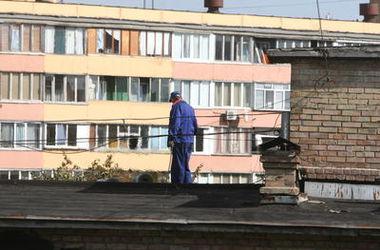 В Киеве 15-летний подросток прыгнул с крыши высотки