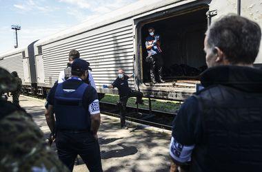 """Еще 74 тела жертв крушения """"Боинга"""" доставили из Украины в Нидерланды"""
