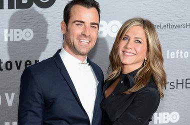 Дженнифер Энистон и Джастин Теру планируют венчание у океана