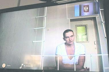 """Адвокат Савченко: """"Надя держится бодро и приговором не расстроена"""""""