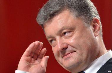 Порошенко выступил  за превентивное задержание причастных к терроризму - Луценко