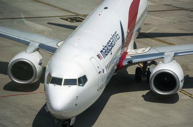 """Премьер-министр Малайзии летит в Нидерланды говорить о сбитом """"Боинге-777"""""""