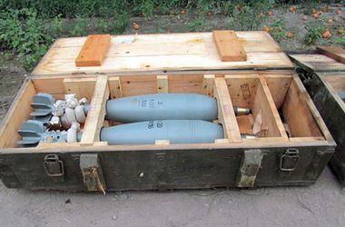В Краматорске нашли 16 замаскированных ящиков с боеприпасами
