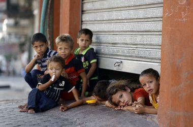 Израиль продолжает перемирие в Газе
