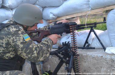 Силы АТО наступают на террористов в Шахтерске