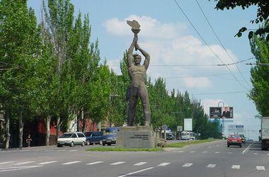 В Луганске под обстрел попала маршрутка, водитель погиб