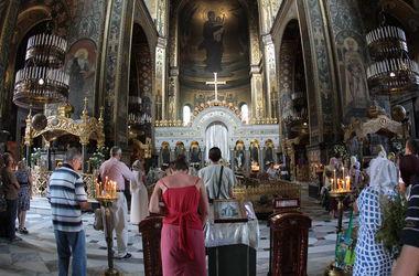 По Киеву прошел крестный ход в честь Дня крещения Руси