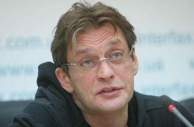 Александр Домогаров перебирается в Китай