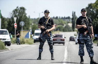 """Боевики в зоне АТО проводят насильственную """"мобилизацию"""" населения - ИС"""