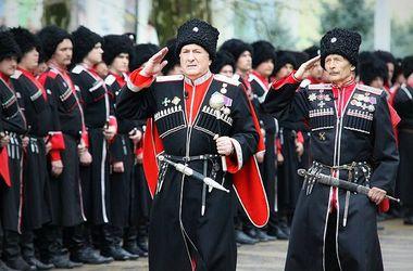 Боевики обратились за помощью к казачьим атаманам, а оружие везут с Крыма
