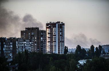Неспокойная ночь в Донецке: в дома влетали снаряды, повреждены газопроводы