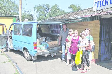 Киевские бабушки ухаживают за ранеными бойцами АТО и готовы идти на фронт