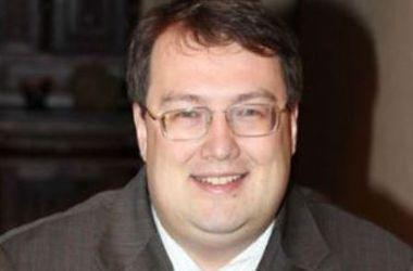 Украина намерена объявить Шойгу, Зюганова и Жириновского в международный розыск - советник министра МВД