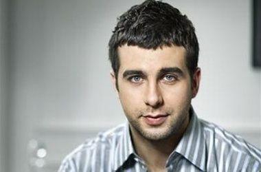 Иван Ургант рассказал, что смог заработать на квартиру для бабушки на свадьбе
